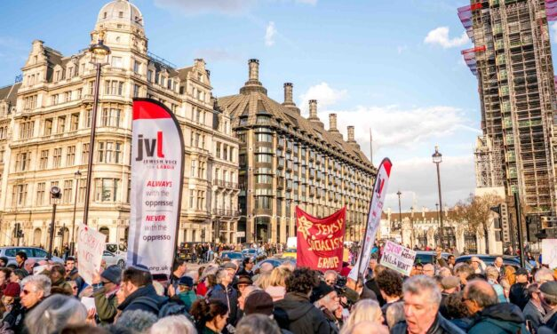 Antisemitism row: the double standards of Labour's right wing
